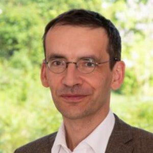 Dr. phil. Matthias Rugel SJ