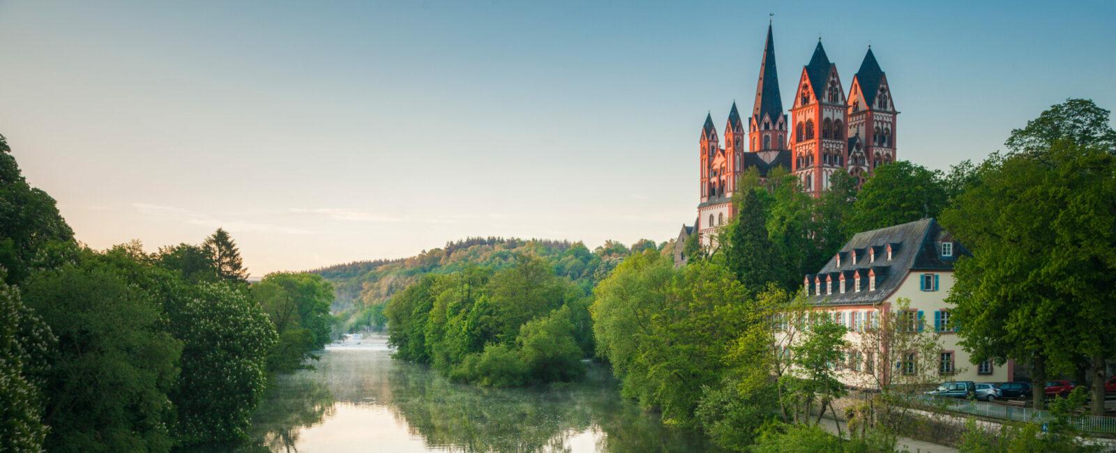 Die Arbeitsvertragsordnung (AVO) für das Bistum Limburg