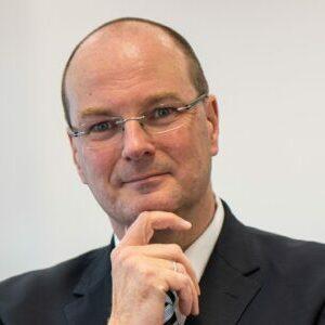 Dr. Gunther Quidde (Vorsitzender)