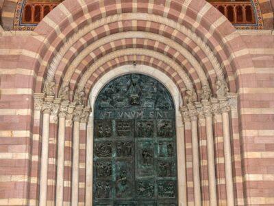 Hauptportal des Speyerer Doms wird 50